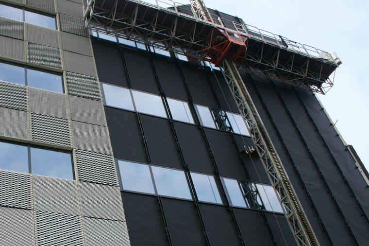 Over Fassade- en Solarfolies en brandveiligheid
